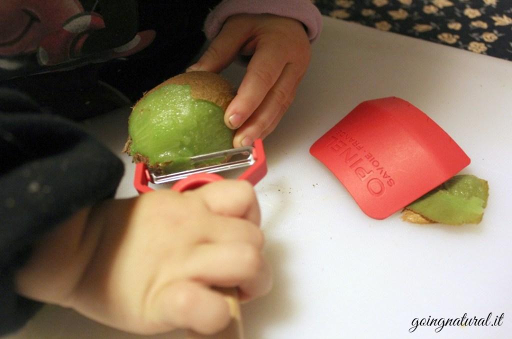 Bambini in cucina secondo il metodo Montessori