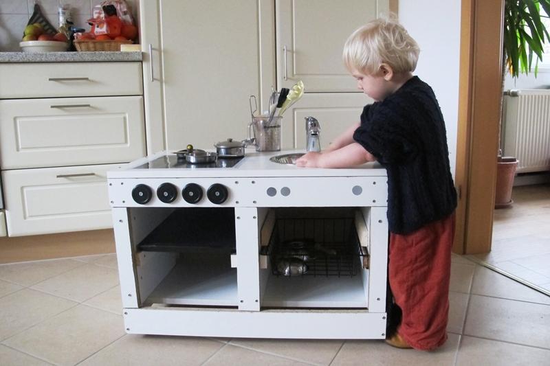 upcycling: eine spielküche selberbauen - Kinder Küche Selber Bauen