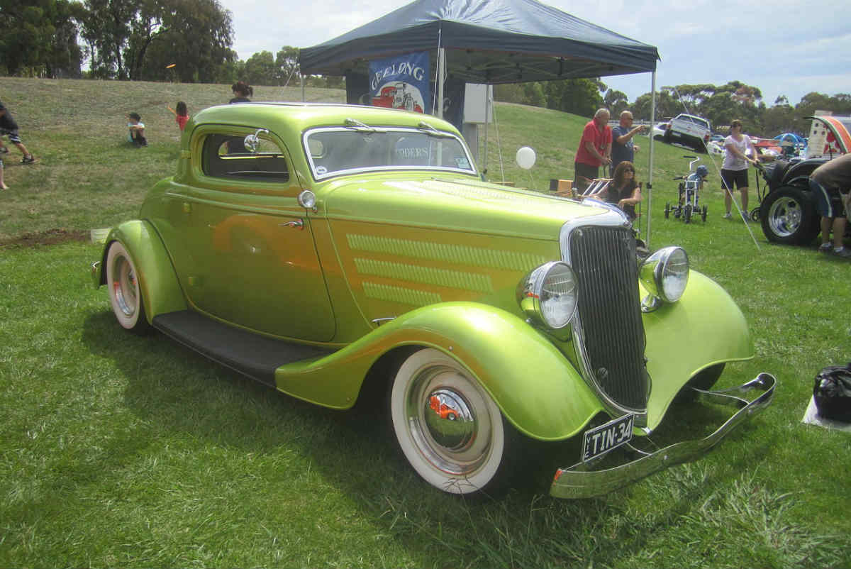 Coupe Ford 1934 Ford 3 Window Coupe Gold Eagle Co