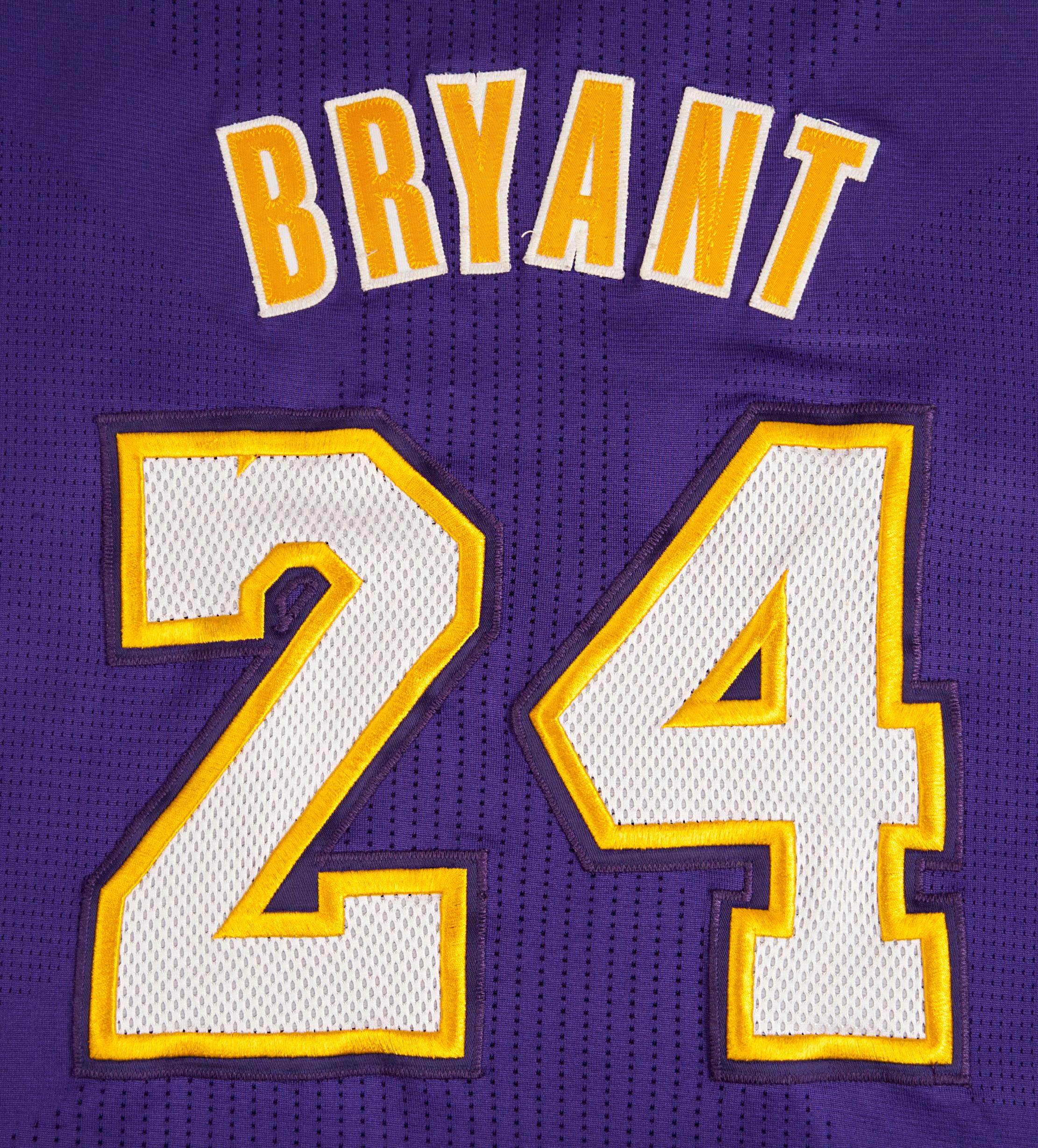 Adidas Logo Wallpaper Iphone Lot Detail 2010 2011 Kobe Bryant Game Used Lakers Jersey