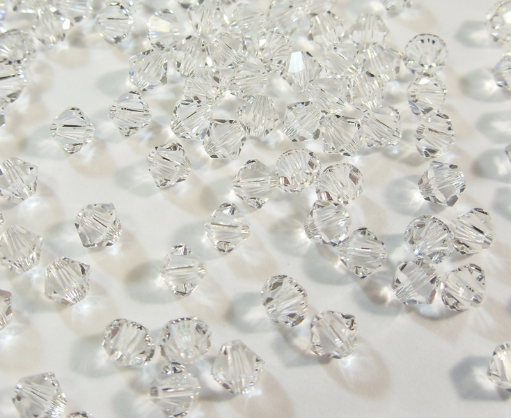 Twister Bettwäsche 40 Crystal 4mm Swarovski Kristall Perlen 5301 5328