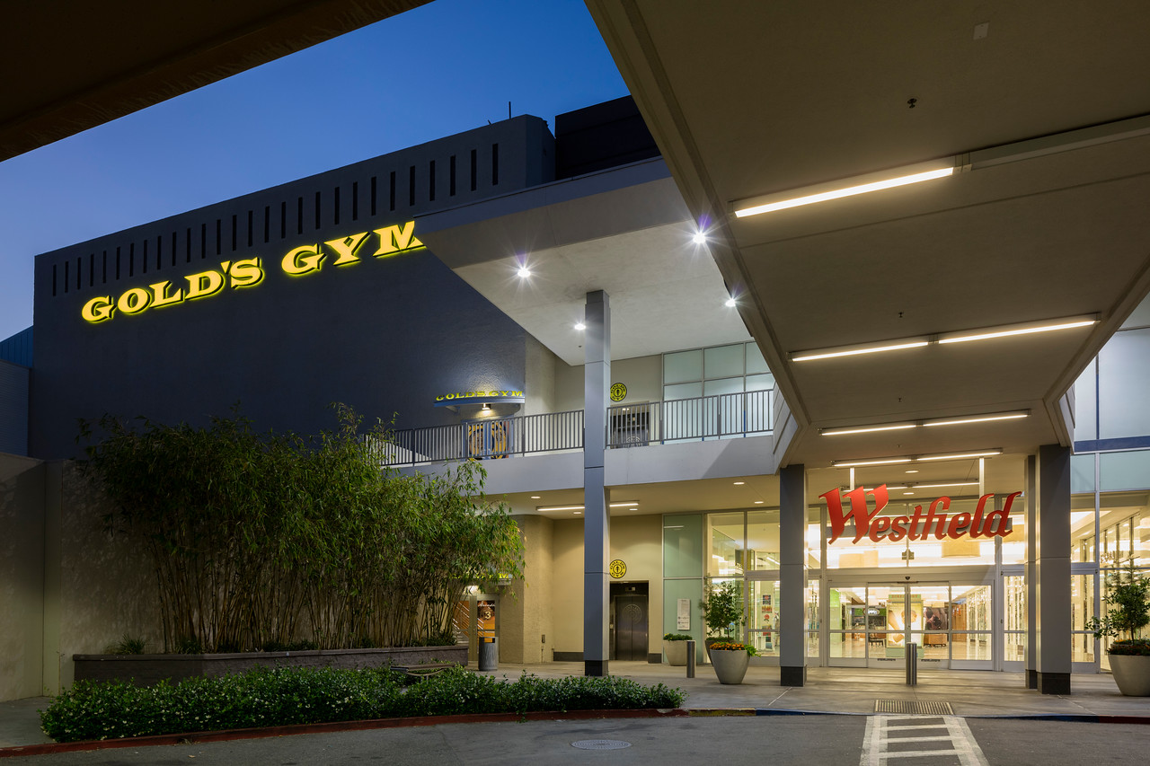 Fitness Center Membership Gold's Gym Arcadia Memberships & Pricing - Get Fit For $2