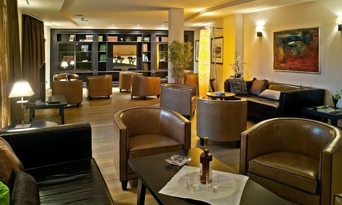 golf-son-gual-mallorca-clubhouse-salon-705x423
