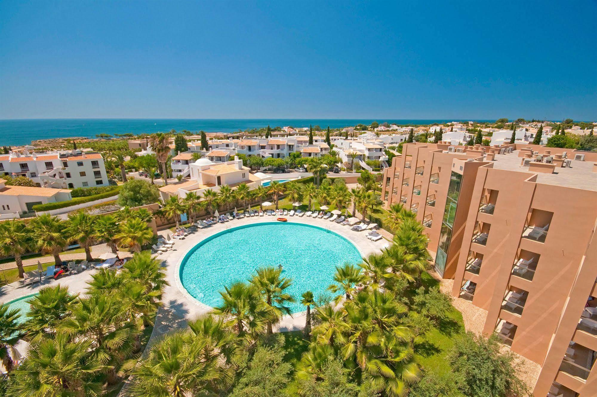 Hotel Tivoli Carvoeiro Algarve Booking Sao Rafael Suites Hotel Book A Golf Getaway In Algarve