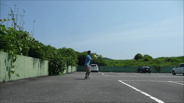 メディシンボール投げ横①