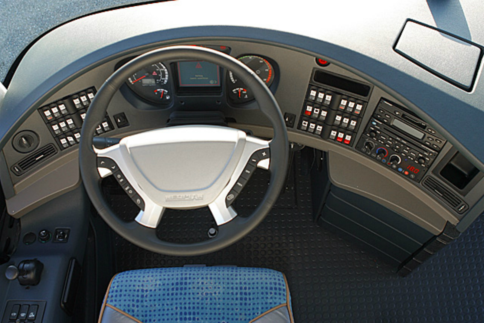 Toyota Camry Hd Wallpapers Neoplan Starliner Picture 10 Reviews News Specs Buy Car