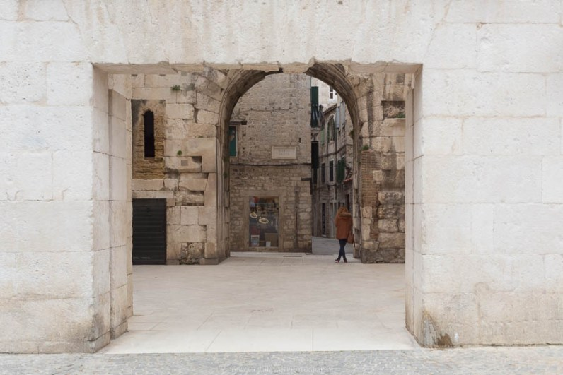 Inside the palace walls at Split // Photos and stories from a week in Croatia // Memories from the Balkans // Dubrovnik, Split, and Zagreb