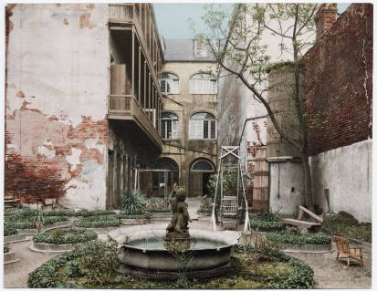 Detroit Publishing photo of a Spanish-style Creole Courtyard, from the early 1900s (public domain photograph)