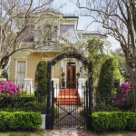 A Treme home bursting with springtime blooms. (Photo: Paul Broussard)