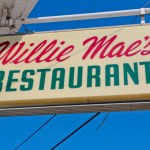 willie maes restaurant sign