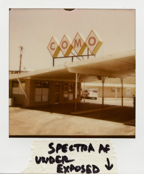 Como Motel - Spectra AF - Impossible Project PX-680 V4B