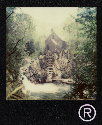 Polaroid SX-70 Sonar - Impossible Project PX-70 NIGO Edition