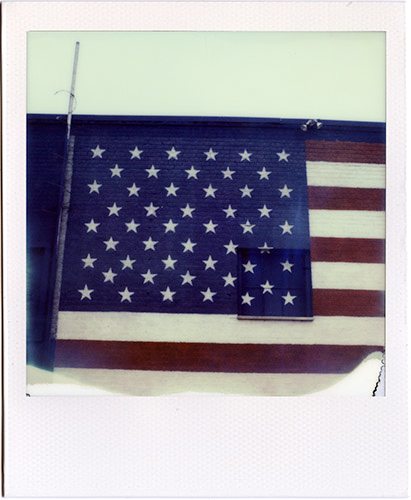Photo: Laidric Stevenson - Polaroid SLR 680 - Impossible Project PX-680 CP