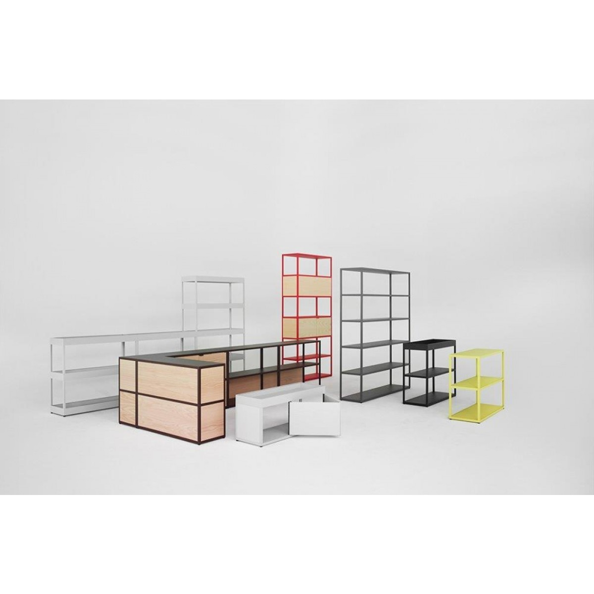 Wanduhren Designer Hay New Order Vertical Shelf Regal | Von Goodform.ch