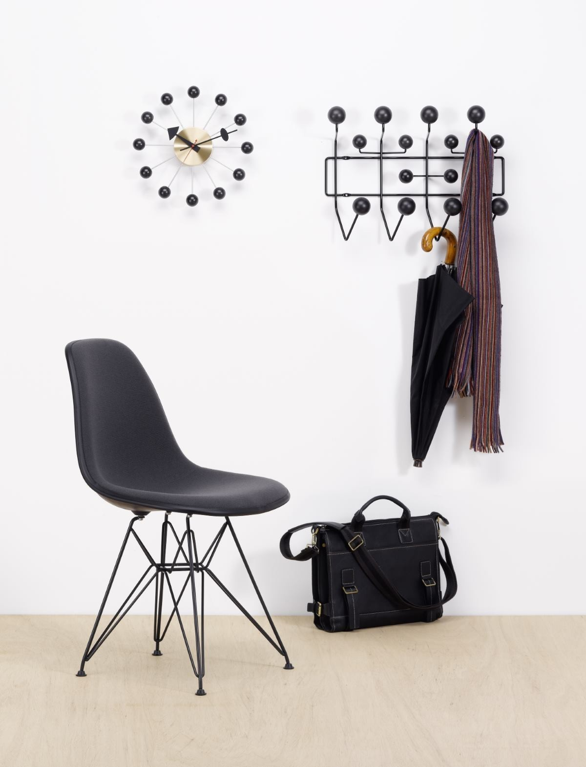 Eames Garderobe Vitra Eames Hang It All Garderobe Schwarz Vitra Black