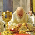 How Angels Serve Priests in the Holy Altar