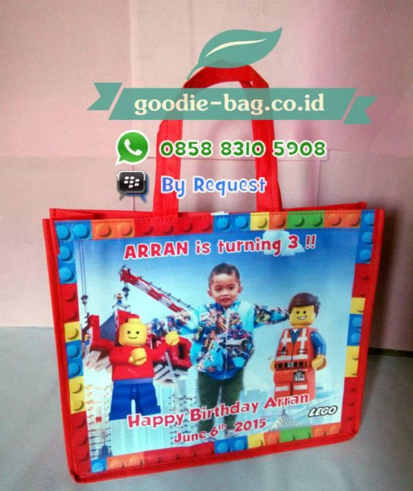 Tas Souvenir Ulang Tahun Anak Lego