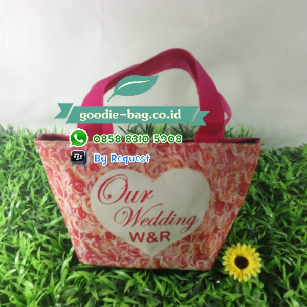 goodie bag bahan dinier