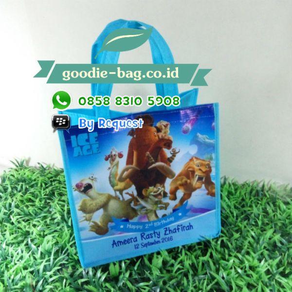 tas souvenir ulang tahun ice age
