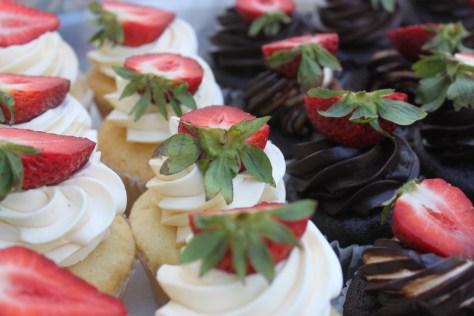 cupcakes penticton farmer's market