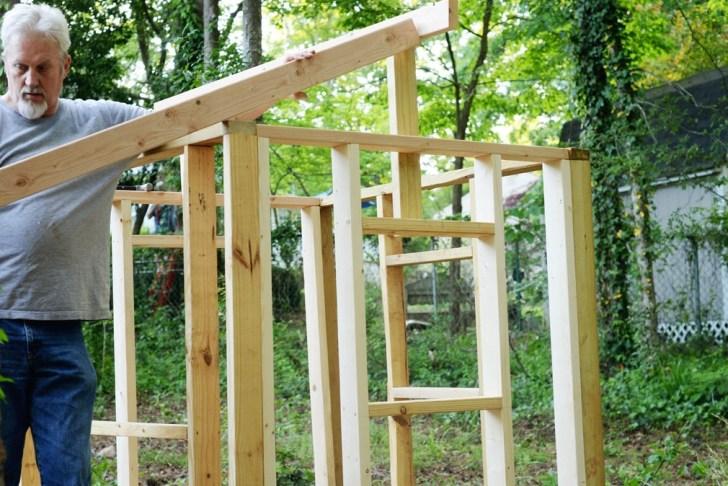 DIy playhouse farmhouse (17)