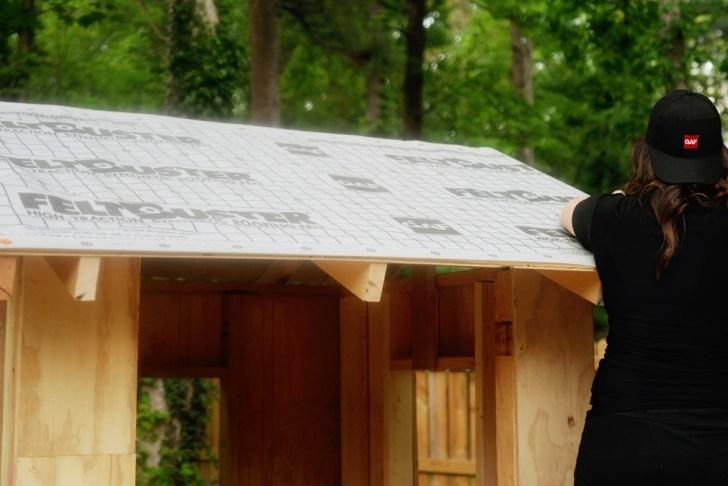 DIy playhouse farmhouse (35)