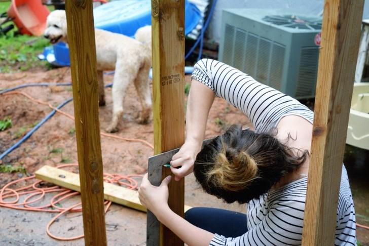 DIy playhouse farmhouse (5)