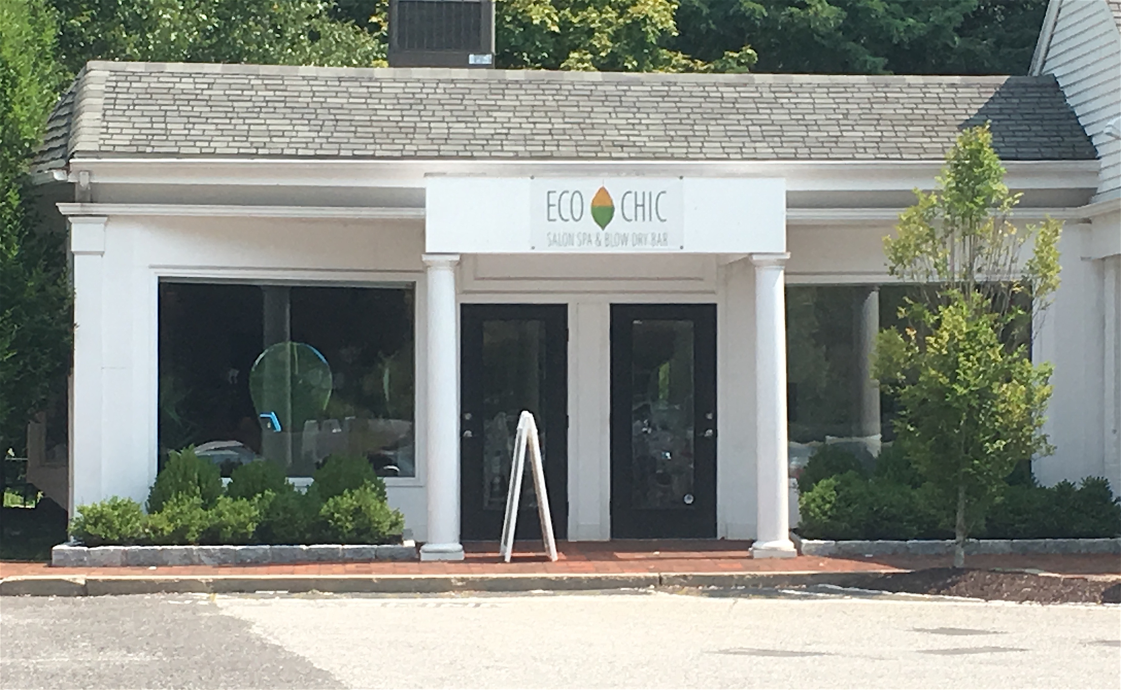 Salon Chic Wilton Welcomes Eco Chic Salon And Blow Dry Bar Good Morning Wilton