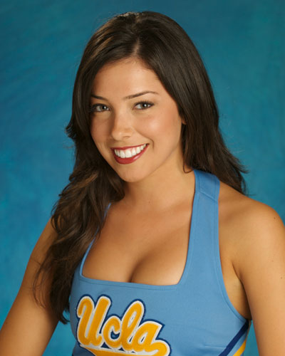UCLA_Cheerleaders_Elisa