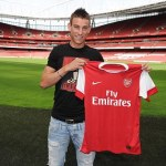 Arsenal finally announce Koscielny signing