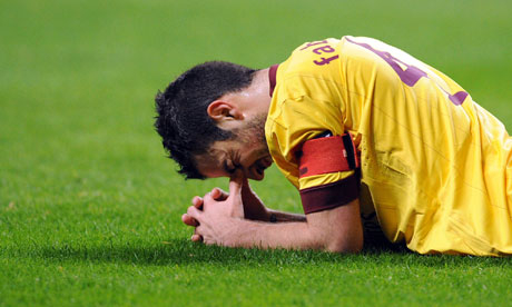 Fabregas.. out for a month