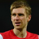 Ouch! Per Mertesacker reveals photo of badly bruised ankle