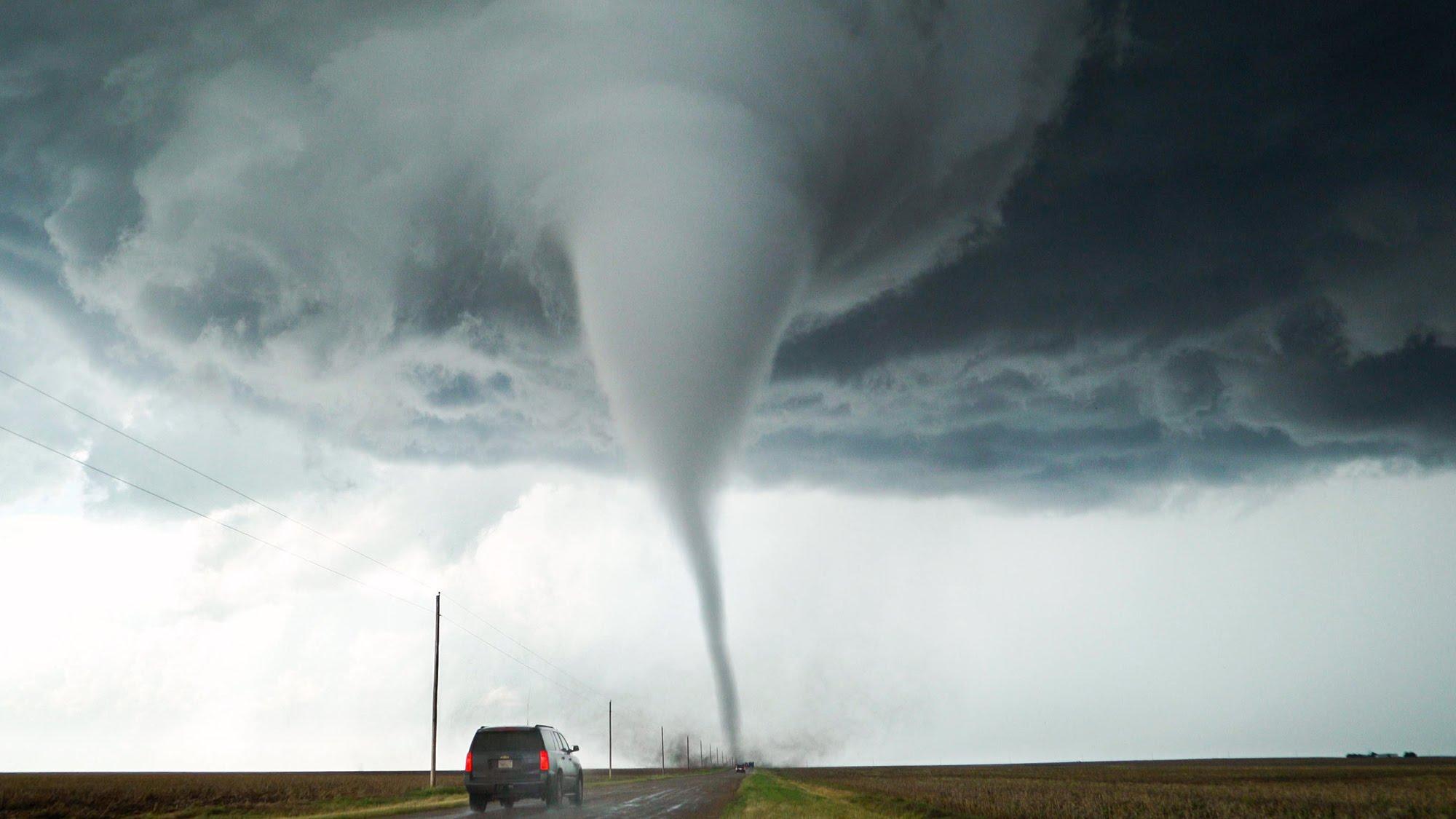 Live Wallpaper Money Falling Tornado In California Go Stay Kit