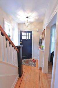 Excellent Small Entryway Ideas As Your Warm Welcoming ...