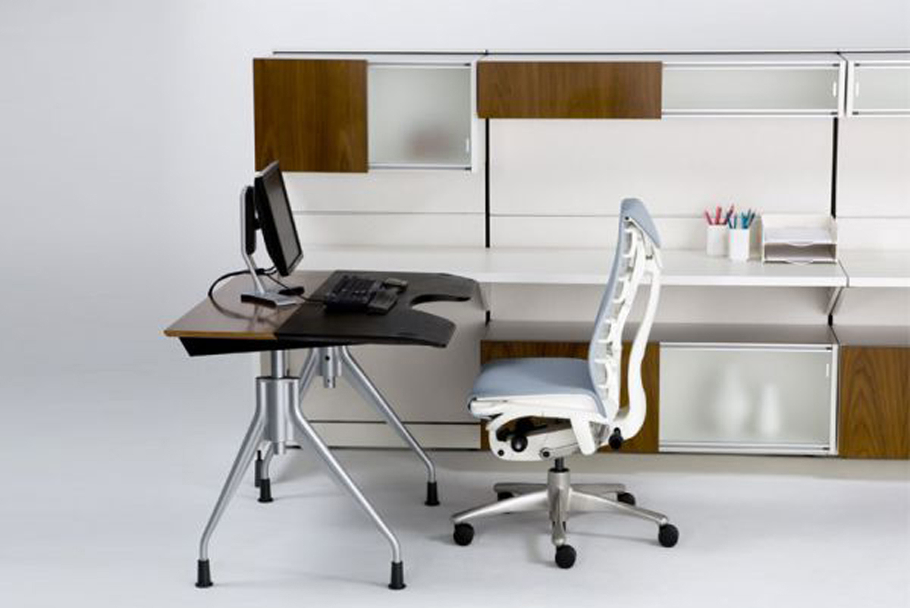 White And Black Office Chair Best Modern Home Office Decorating Ideas 14089 Interior
