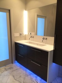 20+ Beautiful Modern Bathroom Lighting Ideas #15201 ...