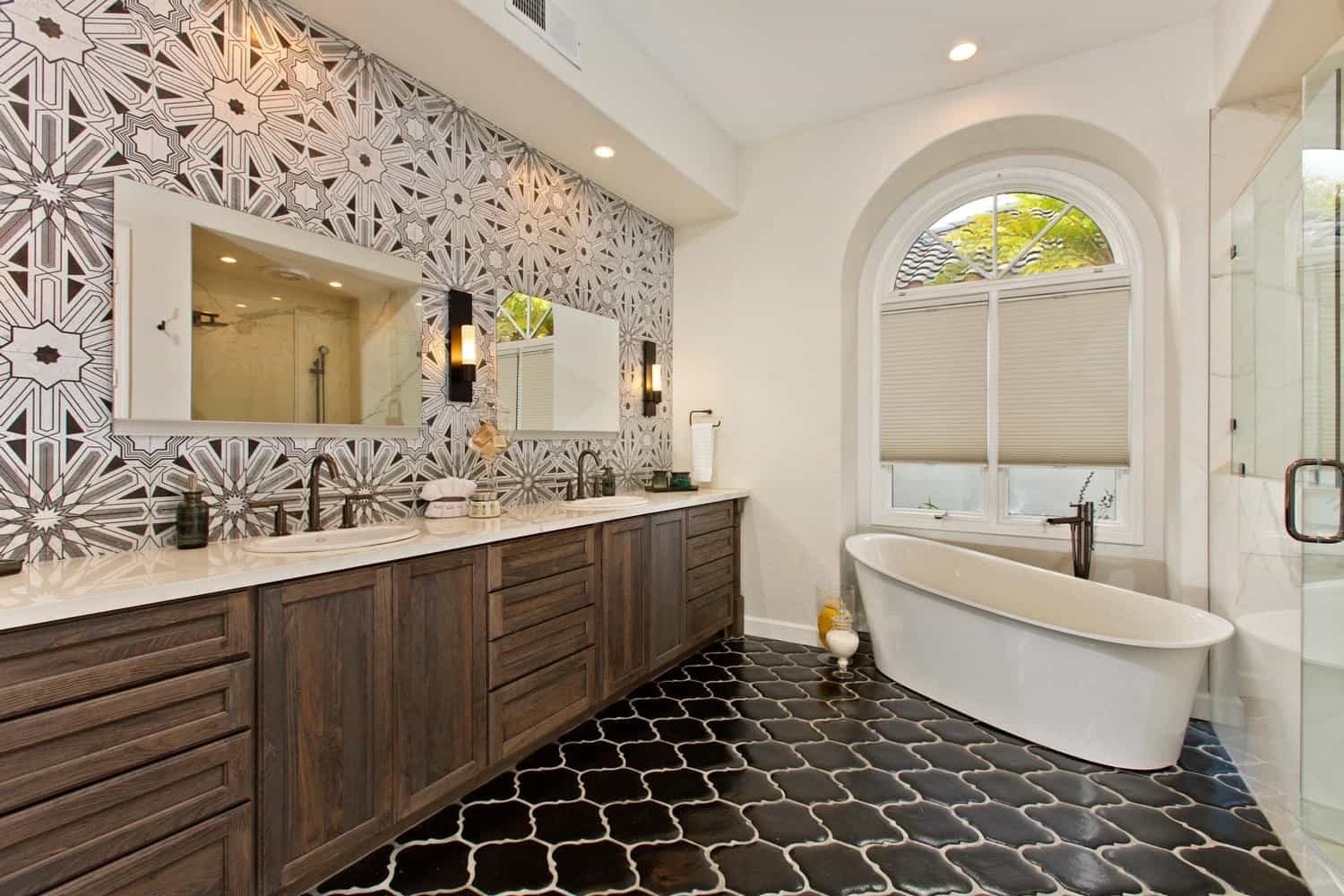 Black Tiled Bathroom Tiled Wallpaper For Bathrooms 24885 Bathroom Ideas