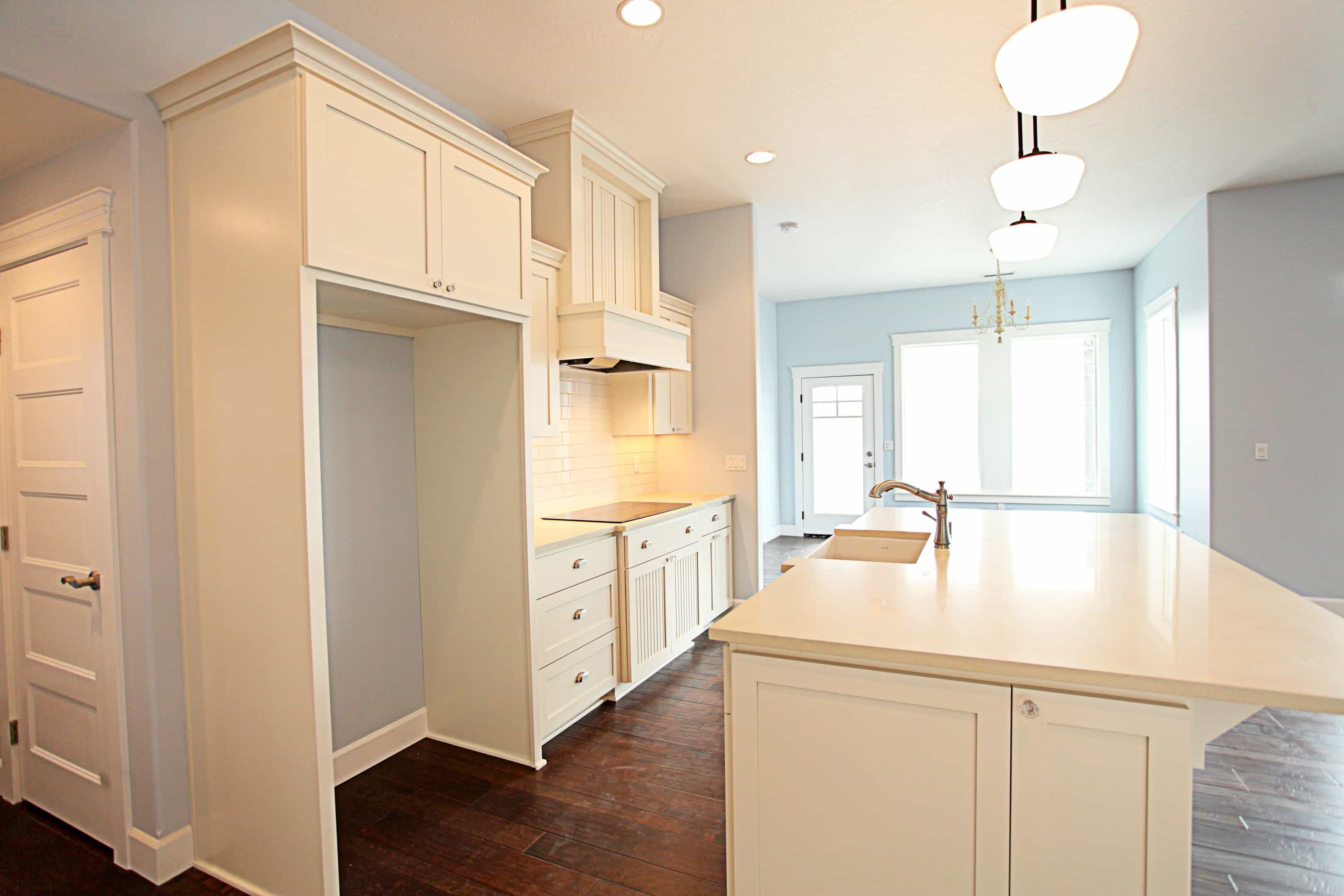 Contemporary Crown Molding For Kitchen Cabinets Shaker Crown Molding Kitchen Cabinets Kitchen Design Ideas