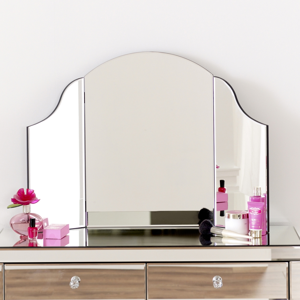 Free Standing Mirror Nz 15 Inspirations Free Standing Mirror For Dressing Table