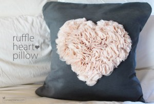 Ruffly Flower Heart Tutorial by Come on Ilene
