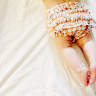 Featured: Ruffle Bum Diaper Cover Tutorial