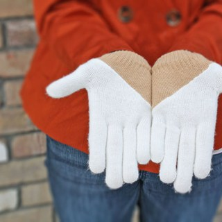 Featured: Colorblocked Gloves Tutorial