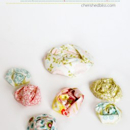 Ruched-Fabric-Flower-Tutorial