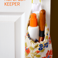 crafterhours-hairbrush-keeper-1