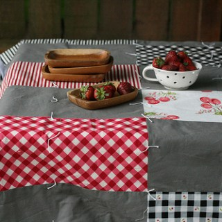 June Picnic Throw Tutorial
