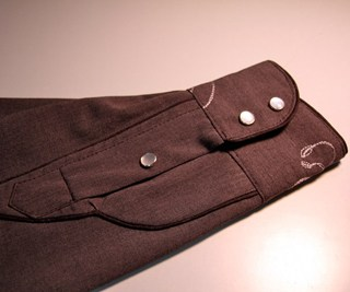 Shirt cuff with a Placket