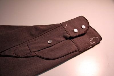 Create a shirt cuff with a placket with this tutorial by Sew Mama Sew - Setworial