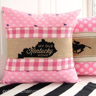 http://www.polkadotchair.com/2015/04/how-to-make-pillow-wraps-kentucky-derby-craft-ideas.html/