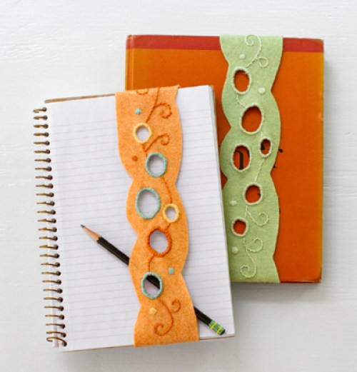 Who says bookmarks have to be boring? These felt bookmarks shared on Sew Mama Sew are perfect for back-to-school and oh, so, cute! -Sewtorial