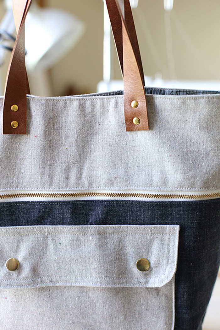 "Creating a ""store quality"" bag is easy with the right supplies. Learn how to install rivets in this step-by-step tutorial by Sew MamaSew. -Sewtorial"